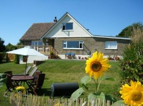 Dog Friendly Cottage Newbridge | Three Gables Isle of Wight Pets welcome Here